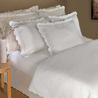 Majestic White Matelasse Coverlet  .